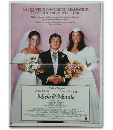 """Micki et Maude - 47"""" x 63"""""""