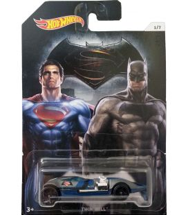 Batman v Superman - Hot Wheels Twin Mill Car