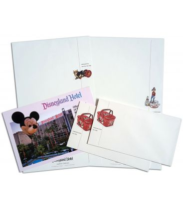 Disneyland - Lot with Postcard, Lette Paper and Envelope
